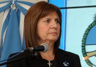 """Bullrich sobre protestas frente a Consulado de Chile: """"Eligen violencia como camino y es peligroso""""."""