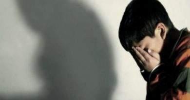 Pedofilia y abuso: Pedirán prisión preventiva para el hombre detenido en una librería escolar.