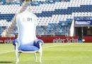 Gimnasia le hizo un sillón especial a Diego Maradona para que vea el partido y será subastado.