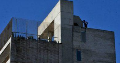 Los administradores no lo permiten pero los vecinos de los edificios quieren usar los quinchos y terrazas