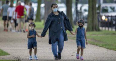 EEUU: alarma por una masiva ola de contagios de niños por coronavirus en solo 15 días