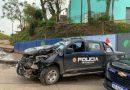 Una camioneta de la policía chocó contra una columna de alumbrado en la zona sur de Rosario