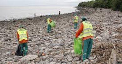 Recolectaron 2.800 kilos de plásticos en una jornada de limpieza del Río de La Plata.