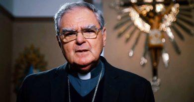 """El Episcopado pidió que """"Dios le conceda descanso eterno"""""""