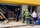 Derrumbe en verdulería céntrica de Rosario generó conmoción: hay dos heridos