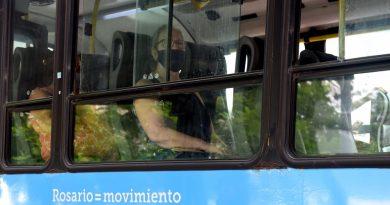 Un especialista de la UNR insiste con la ventilación cruzada en el transporte público