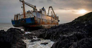 """Hallaron al misterioso """"barco fantasma"""" que navegó sin tripulación más de un año"""