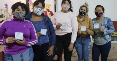 Dos centenares de jóvenes reciben su carnet de manipulación de alimentos a través del Nueva Oportunidad