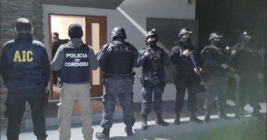 """Tres detenidas en Roldán que eran buscadas en todo el país por """"cuentos del tío"""""""