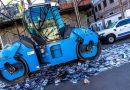 La Municipalidad destruyó con una aplanadora lentes truchos, CD's y juguetes bélicos