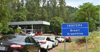 Autorizaron a un hombre a viajar por tierra a Brasil y Migraciones pedirá la nulidad