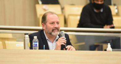 """Charly Cardozo sobre el proyecto de declarar visitante distinguido a L-Gante: """"El Concejo debe debatir temas más serios"""""""