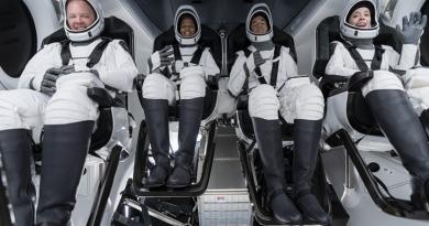 Partió el primer vuelo de turistas espaciales, sin astronautas profesionales